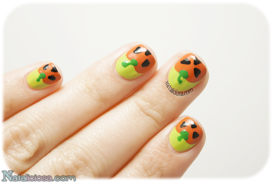 Manicure using only polishes - Halloween series